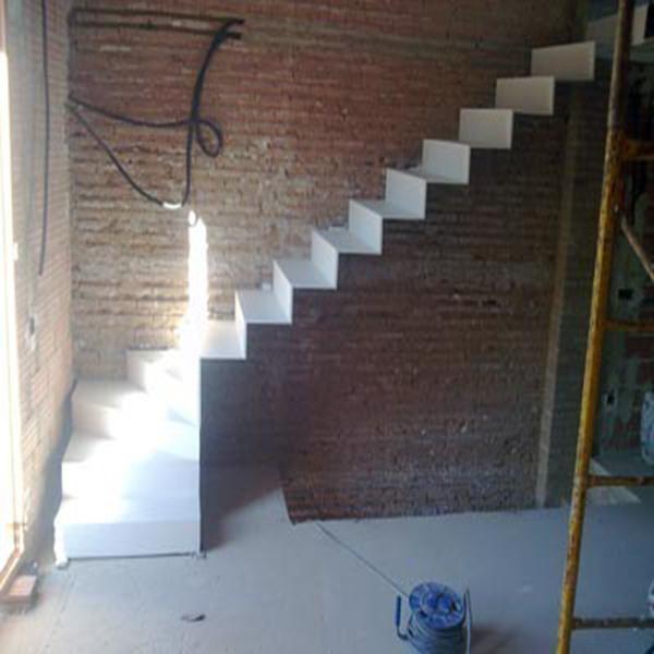 SelecciÓn Madera: Escaleras Chapa Plegada